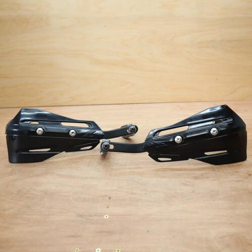 ZETA ジータ アーマーハンドガード XCプロテクター 黒 ブラック 210428BD0034